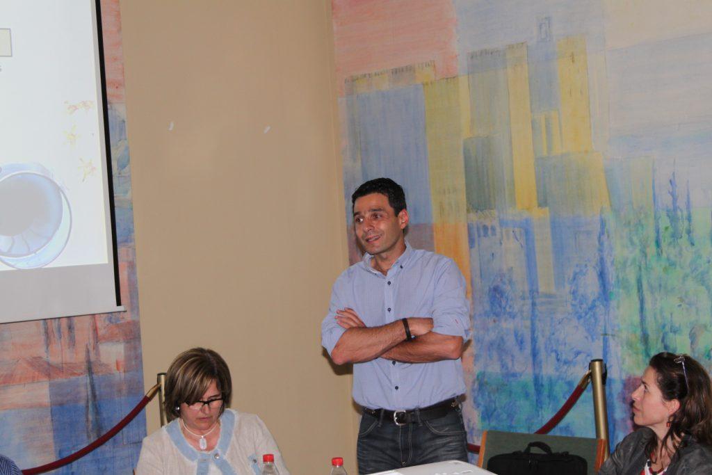 Jose María Velasco participó en las jornadas de introducción a la cata de aceites de oliva virgen en el CSIC de Granada